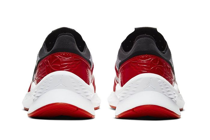 Jordan Air Zoom 85 Runner Chicago Heel
