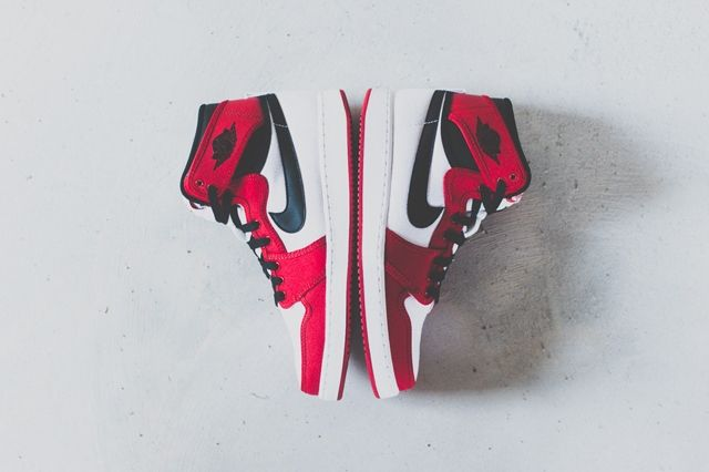 Air Jordan 1 Ko High Chicago 5