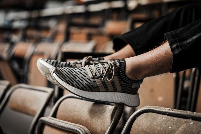 Adidas Nmd R2 On Foot 4