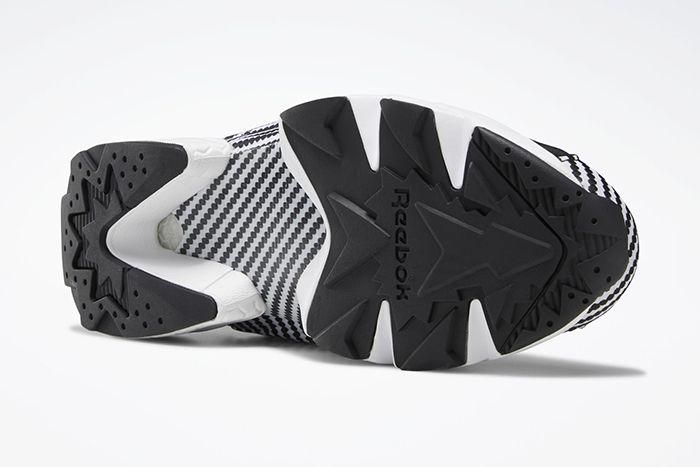 Reebok Instapump Fury Carbon Fiber Black White Dv7305 Release Date Outsole
