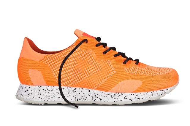 Converse Cons First String Engineered Auckland Racer Fiery Coral
