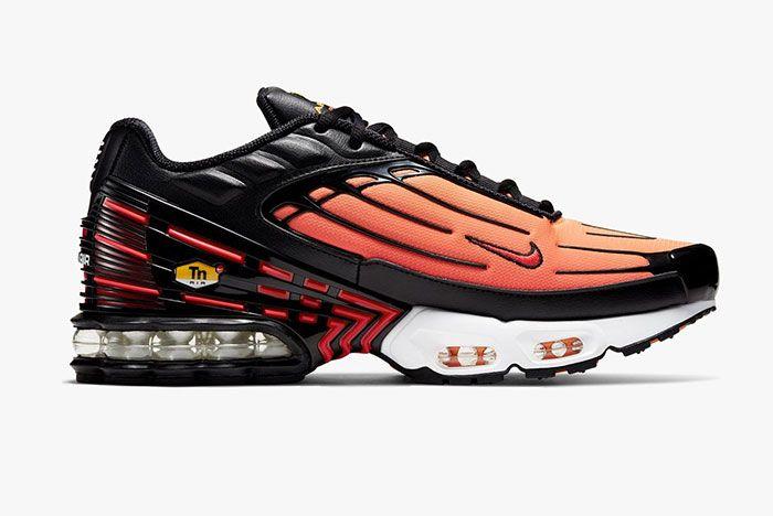 Nike Air Max Plus 3 Orange Lateral Side Shot Sneakersnstuff