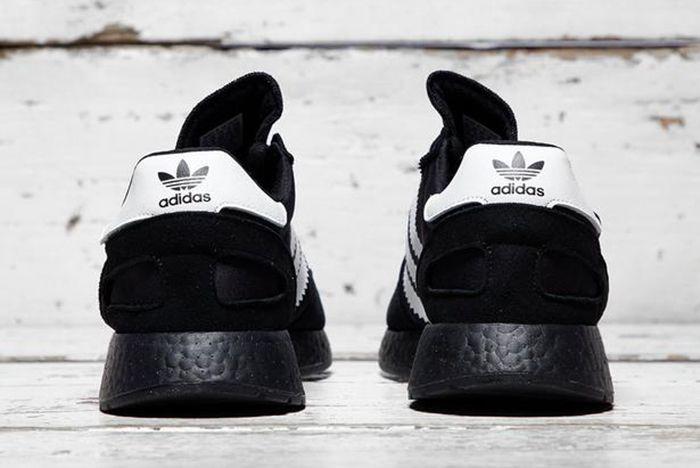 I 5923 Core Black White 3