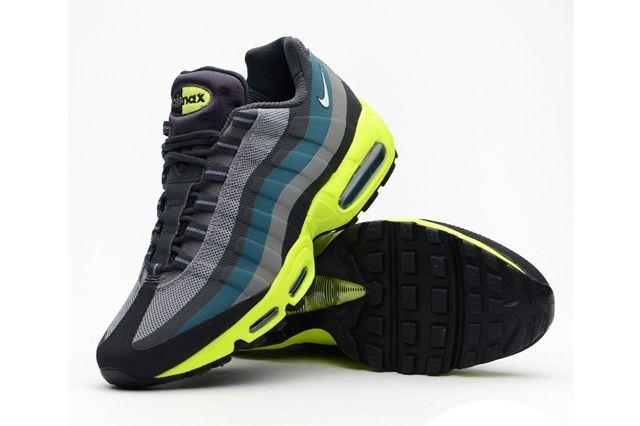Nike Air Max 95 Medium Base Grey Volt 1