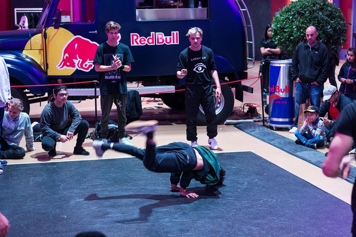Sneakerness Event Recap Breakdancing