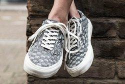 Sneakersnstuff Vans Thumb