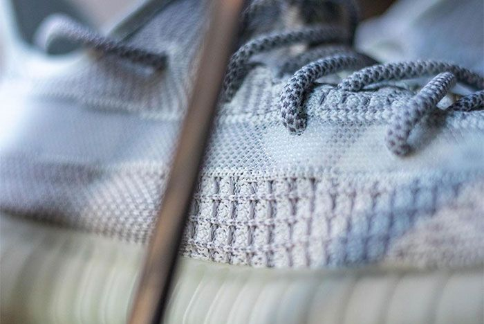 Adidas Yeezy Boost 350 V2 Tailgate Laces 2