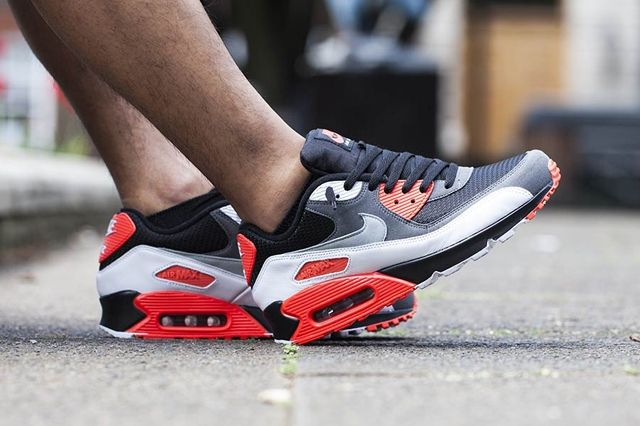 Nike Am90 Infrared Reverse 2