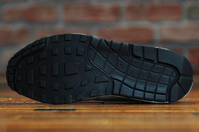 Nike Air Max 1 White Black 4
