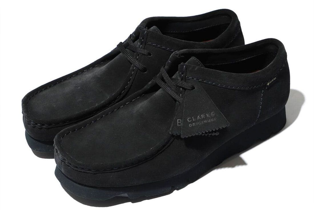 BEAMS x Clarks Wallabee GORE-TEX Navy