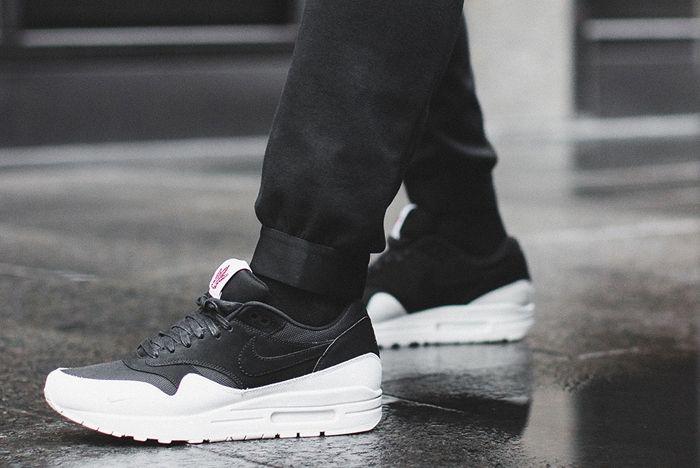 Nike Air Max 1 The 6 16