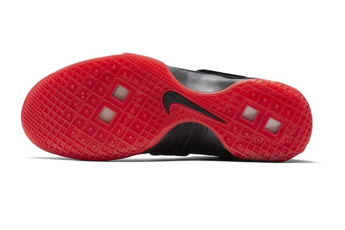 Nike Lebron Zoom Soldier 10 Black Red Bred 2
