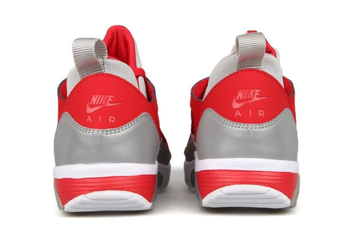 Nike Trainer Huarache Low University Red Metallic Silver 3