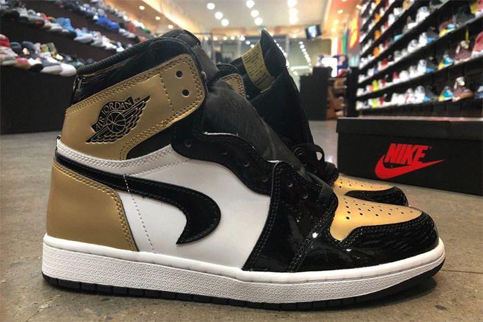 Nike Air Jordan 1 Gold Toe Factory Fault 1