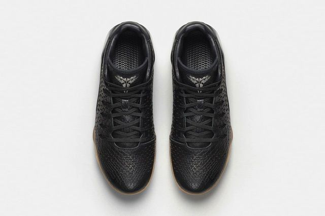 Nike Kobe 9 Ext Black Black 1