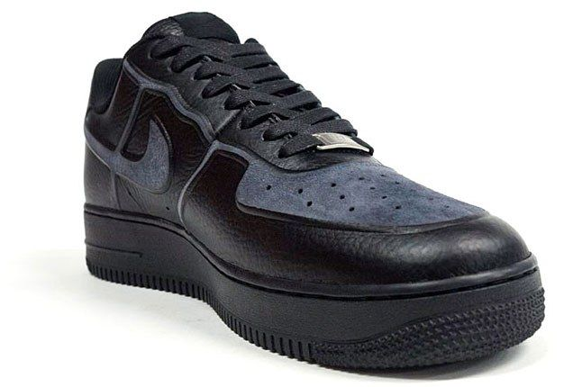 Nike Leather Suede Svive Tec 1