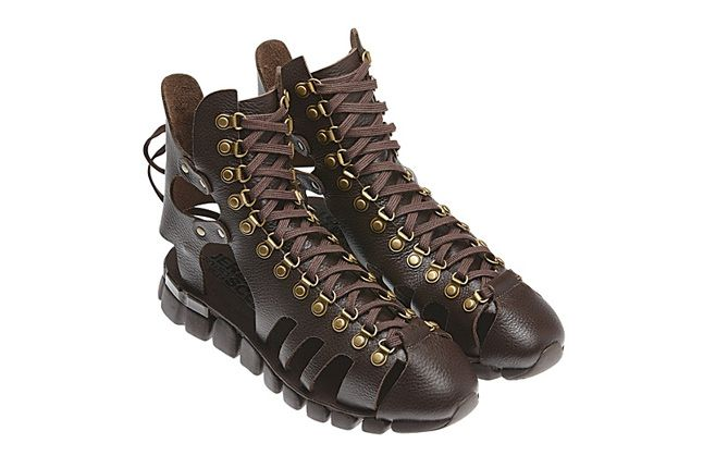 Jeremy Scott Mega Flex Sandal 02 1