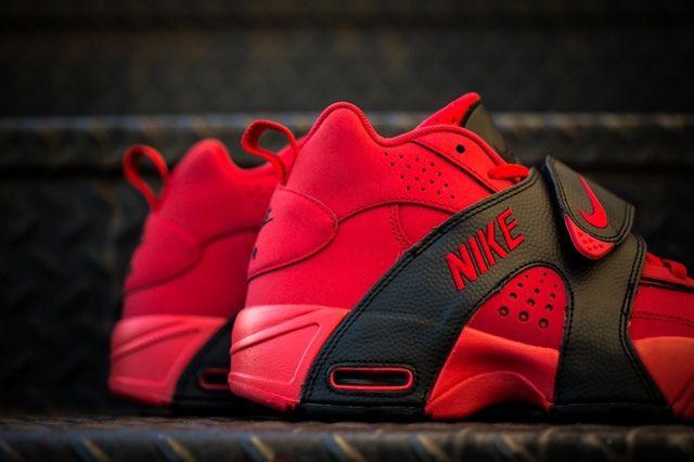 Nike Air Veer University Red 2
