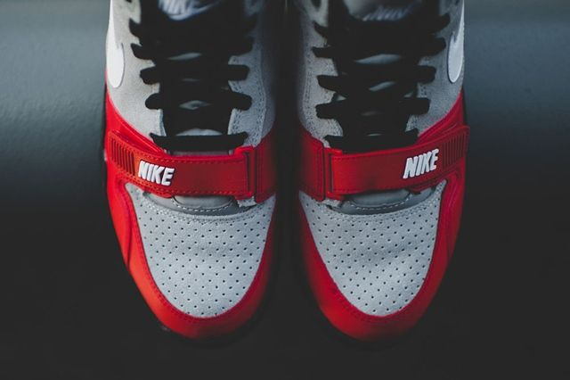 Nike Air Trainer 1 Mid Wolf Grey University Red 1