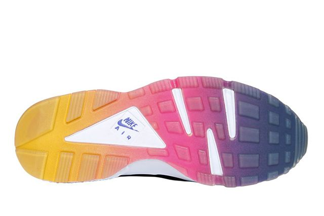 Nike Huarache Iredescent Neoprene 5