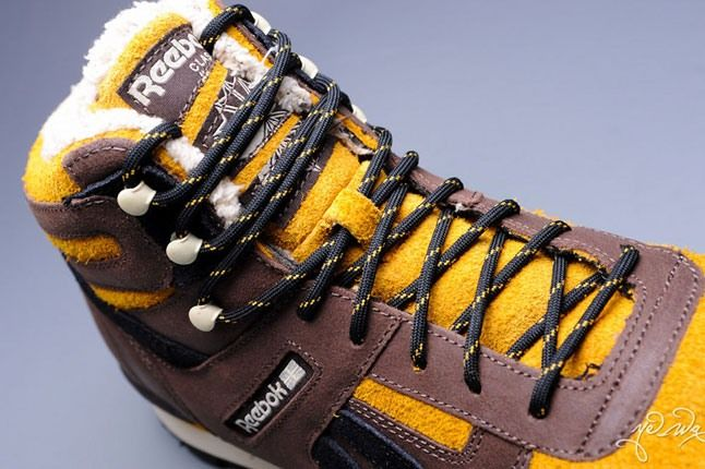 Marvel Sabretooth Reebok Night Sky Mid 6 1