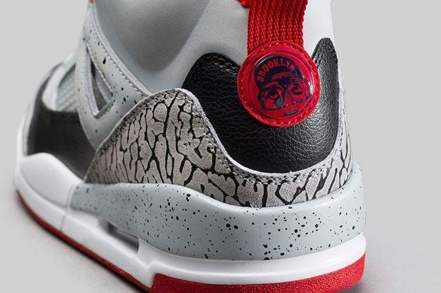 Air Jordan Spizike Wolf Grey Gym Red Bump 3