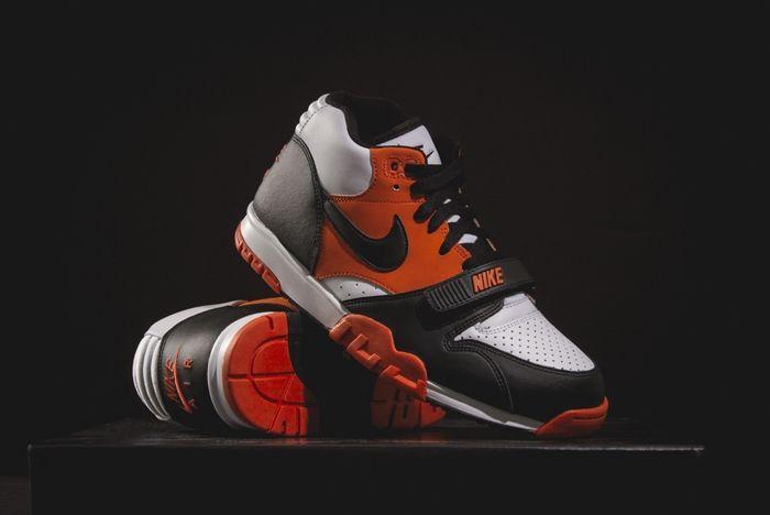 Nike At1 Team Orange Wish Atl Bump 3