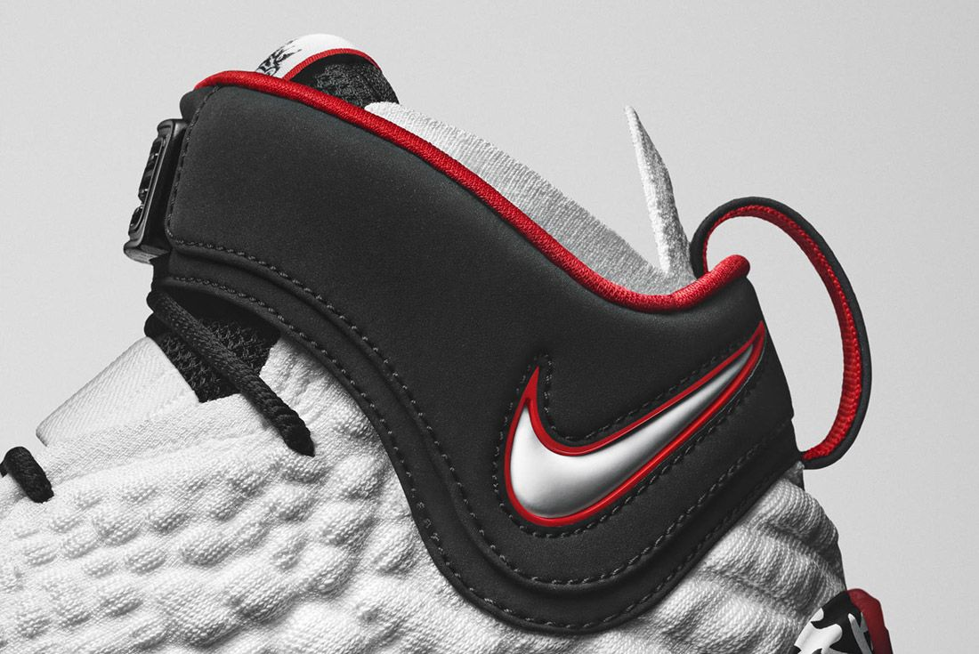 Nike LeBron 17 Graffiti CT6052-100