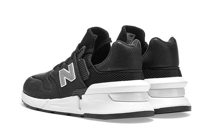 Commes Des Garcon New Balance Ms997 Black Heel