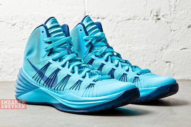 Nike Hyperdunk 2013 Gamma Blue Brave Blue 2