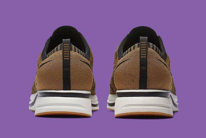 Nike Flyknit Trainer Golden Beige Brown 2
