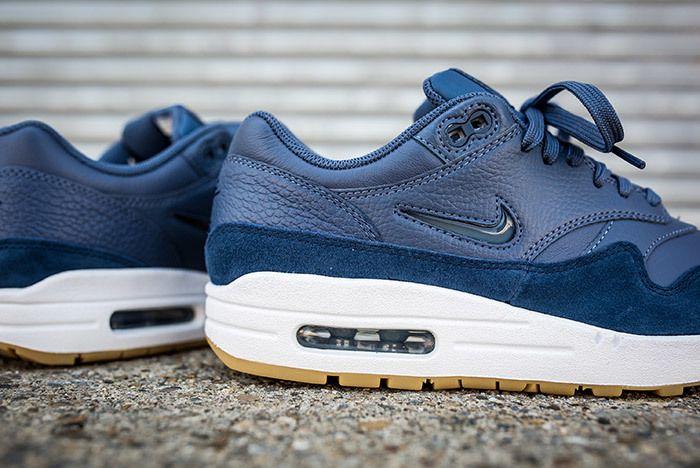 Nike Air Max 1 Jewel Womens Blue 3