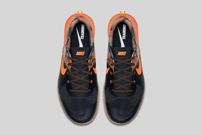 Nike Metcon 1 Black Total Orange Baroque Brown 1