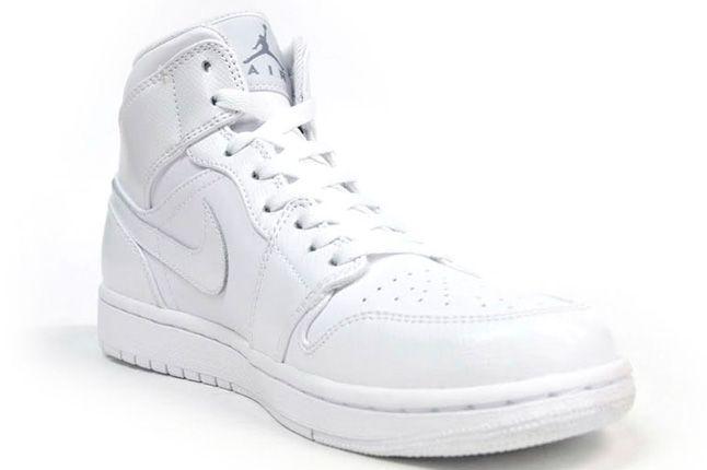 Air Jordan 1 White On White Quater Front 1