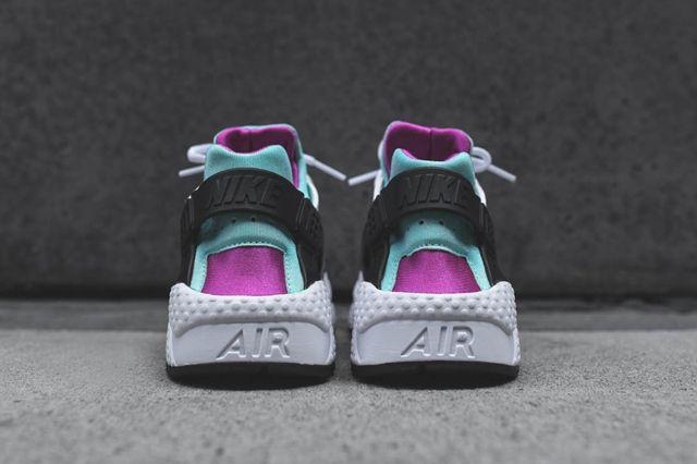 Nike Wmns Huarache Fuschia Teal Bump 5