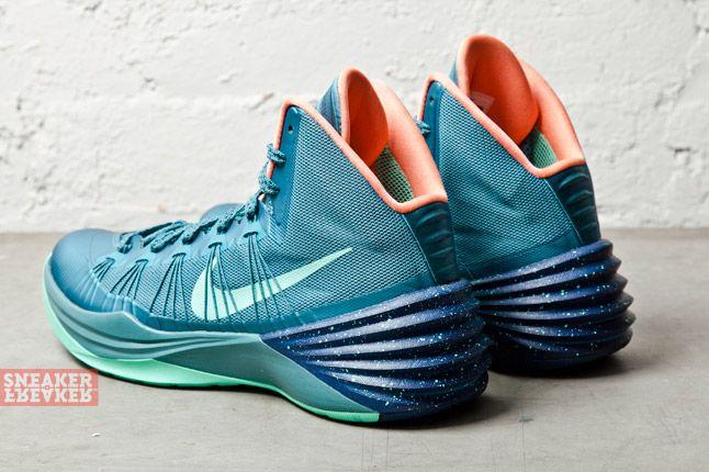 Nike Hyperdunk 2013 Mineral Teal Atomic Pink 6