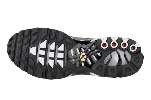 Nike Air Max Plus Coolgrey Volt 1