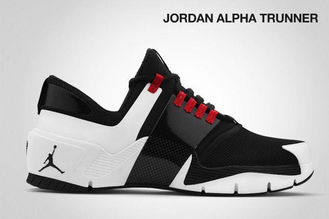 Jordan Alpha Trunner 1