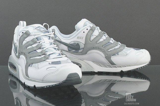 Nike Air Max Humara Snow Commando Toe Pair 1