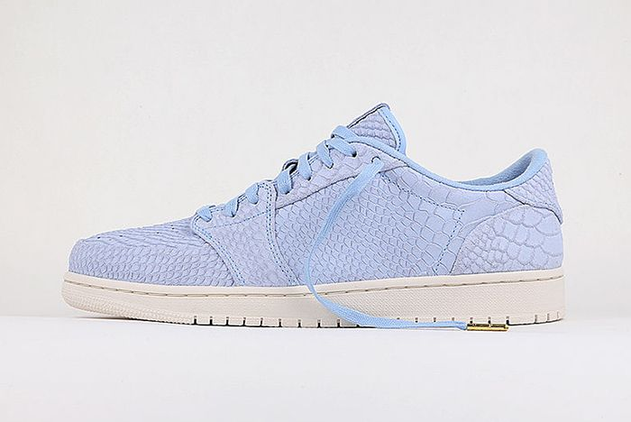 Air Jordan 1 Low Bg Ice Blue Python