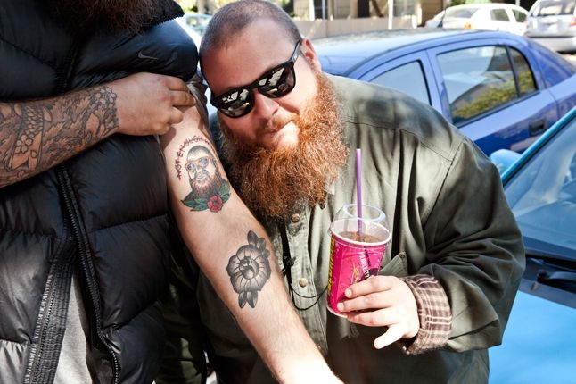 Action Bronson At Sneaker Freaker With Fan Tatoo 1