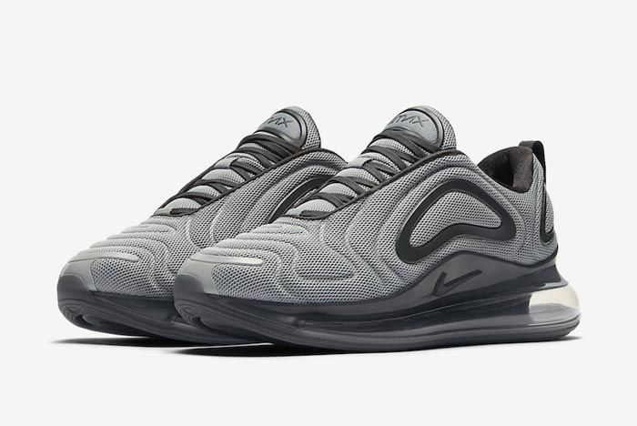 Nike Air Max 720 Wolf Grey Anthracite Pair