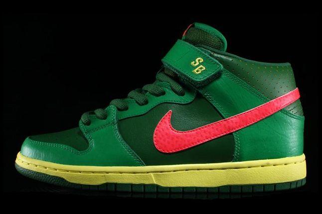 Nikesb Dunk Mid Pro Luck Green 1