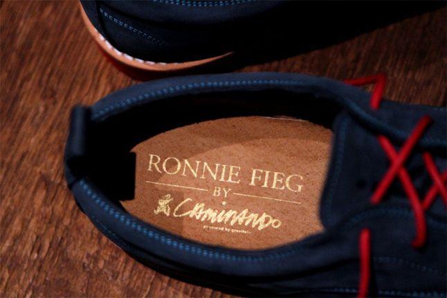 Ronnie Fieg Caminando 02 1