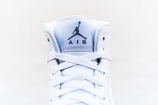 Air Jordan 1 Mid White Cool Grey 3