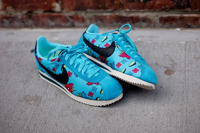 Nike Classic Cortez Nylon Qs Aloha Pack Blue 1