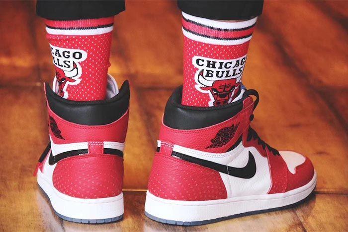Air Jordan 1 Chicago Crystal 5