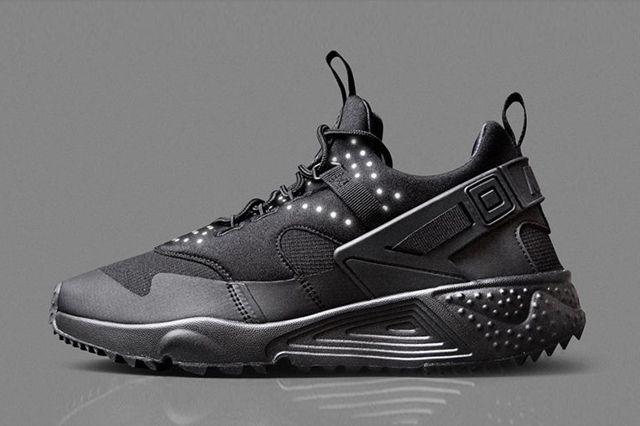 Nike Air Huarache Utility Black Black 1