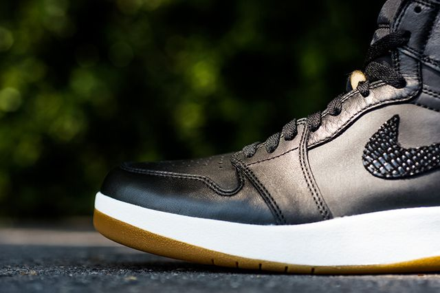 Air Jordan 1 5 The Return13