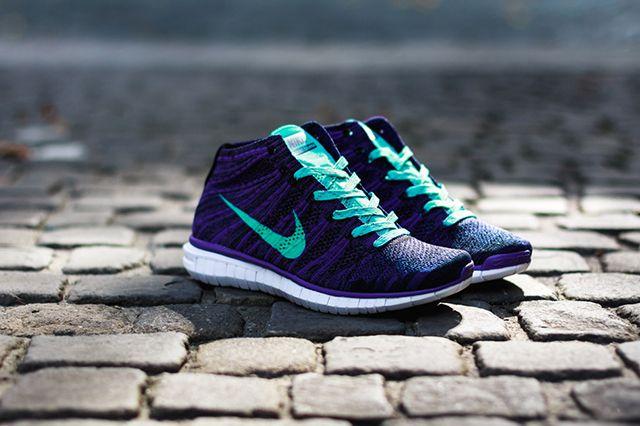 Nike Wmns Free Flyknit Chukka Court Purple Hyper Jade 1
